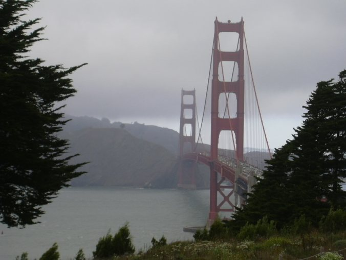 The_Golden_Gate_Bridge_Fog